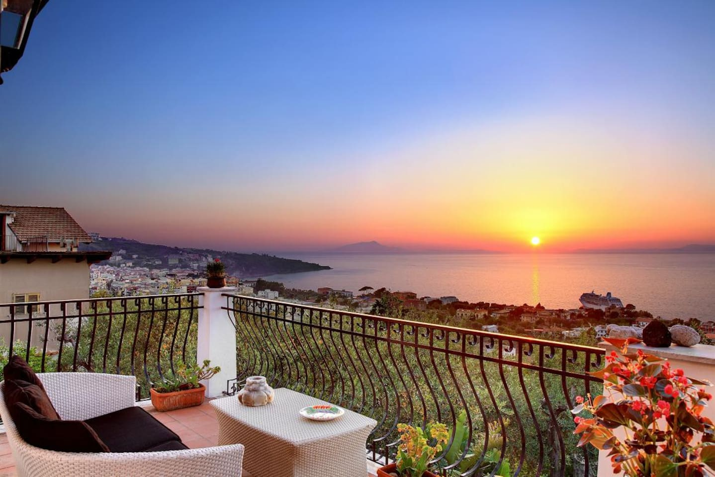 private terrace sitting cornetr - sunset view!