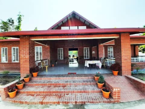 Villa in ashidron village,2.5 mile away from town