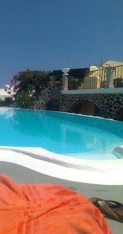 Canava Suites in Santorini.