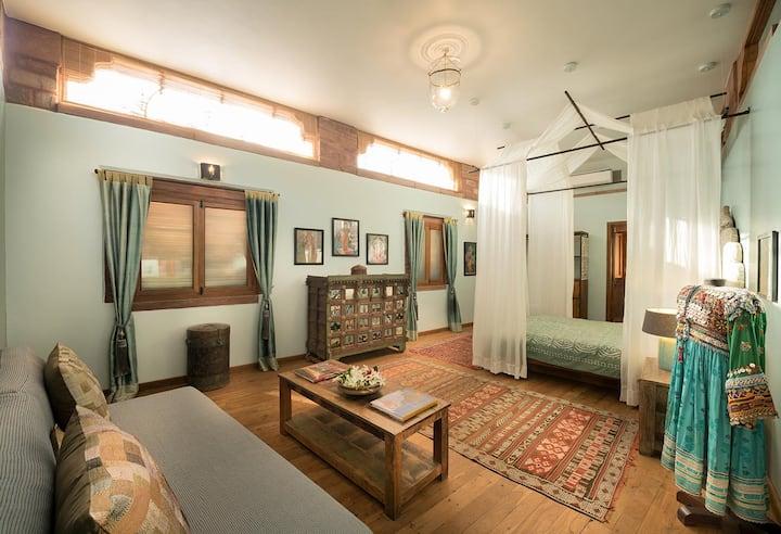 Sukh Sagar Haveli - Laxmi Suite