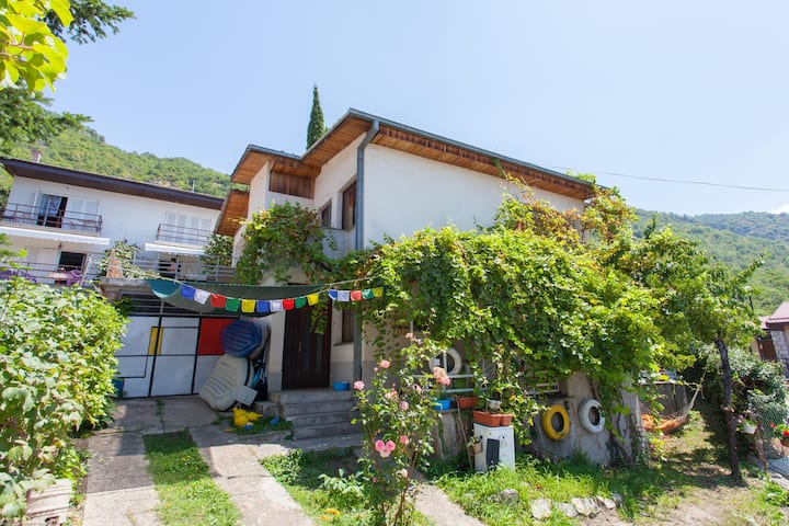 Artsy House on Lake Ohrid