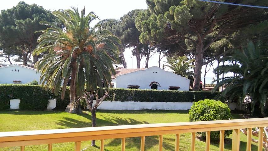 Vistas al mar, playa, PortAventura y Ferrari Land - Cambrils - Leilighet