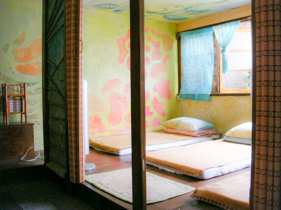 Japanese style room for 3~4 people