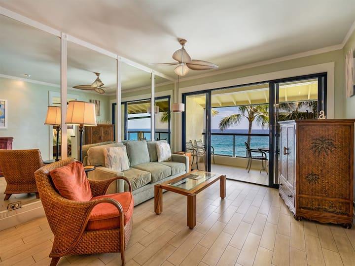 Tropical Suite w/Modern Bath+Kitchen, Lanai, Washer/Dryer, WiFi–Poipu Shores 403A