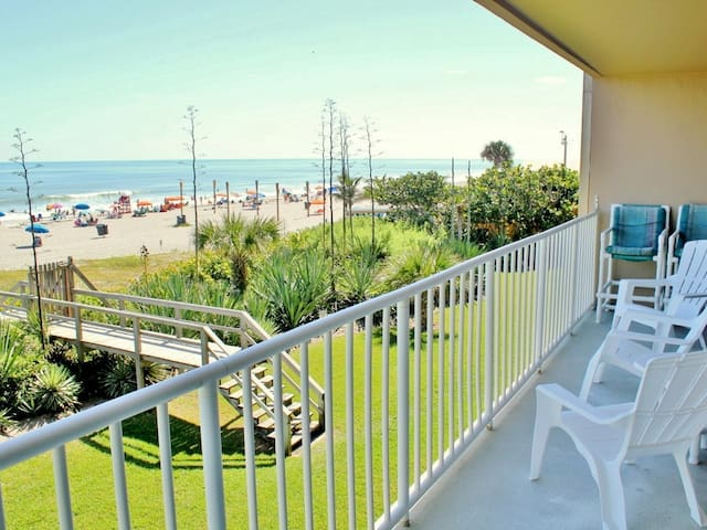 Direct Oceanfront Condo - Boardwalk - Cocoa Beach