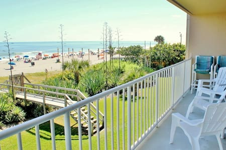 Direct Oceanfront Condo - Boardwalk - Cocoa Beach - Appartement