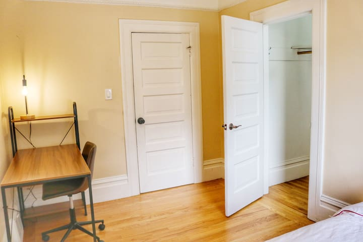 #F38 Private Room.Noe Valley.Newly remodeled House