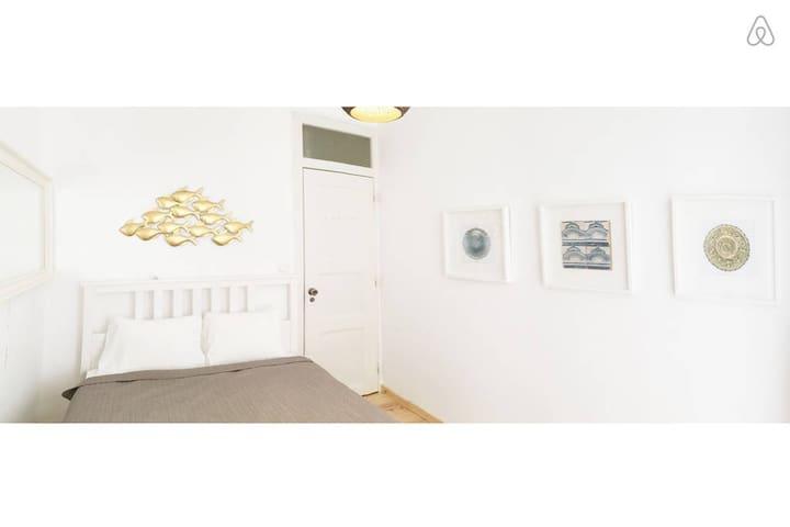 New suite with private bathroom - Bairro Alto