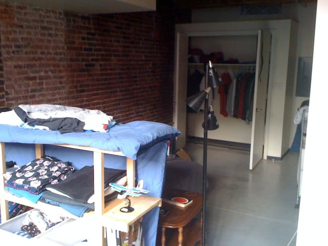 Loft in Downtown Lowell - Lowell - Wohnung