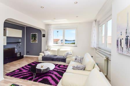 Delux White Sunset Apartment - Vodice - Apartment