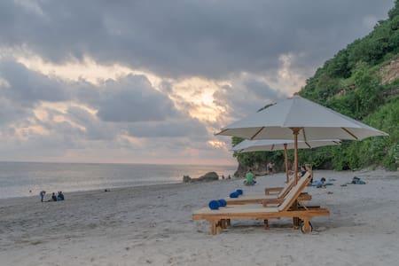 Suite de lujo en Puri Pandawa Resort & Beach Club