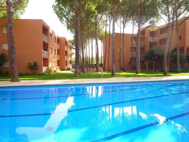 Apartamento planta baja con piscina comunitaria - Pals