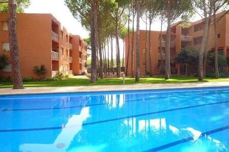 Apartamento planta baja con piscina comunitaria - Pals - Leilighet