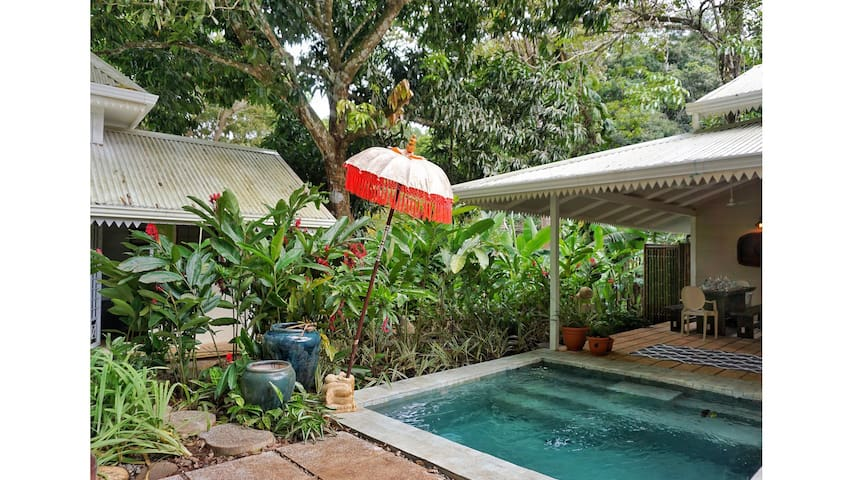 Balinese Jungle Bungalow w/Pool & Separate Unit