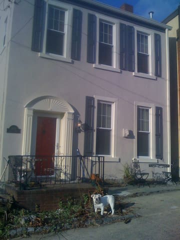 Sunny House-Convenient Location