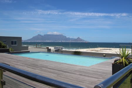 Beachfront Comfort & Ocean views, Cape Town - Kapstaden
