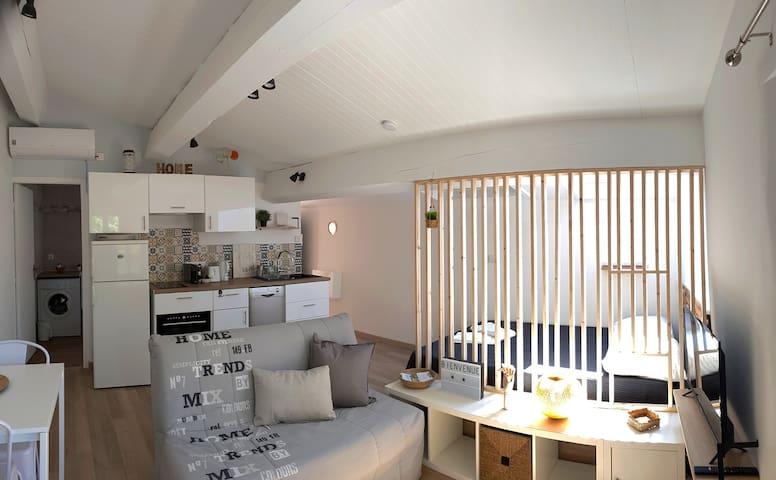 """ALEGRIA"" Charmant et cosy studio á  Canet Village"