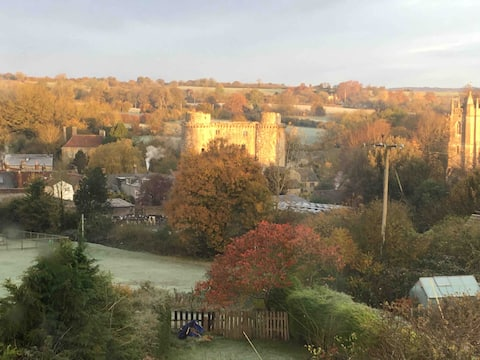 Frome Nunney village 2 bed with stunning views