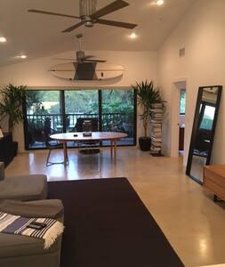 Clean, modern, quiet, safe, 3 Bedroom condo. - Palm Beach Gardens