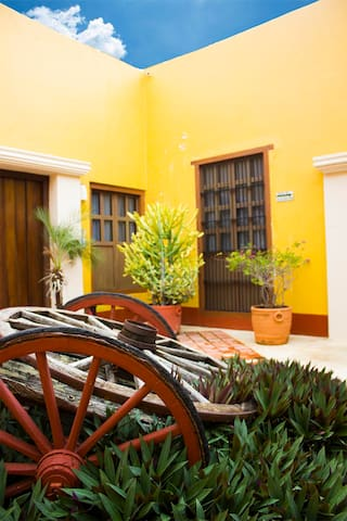 Jr Suite Colonial 1 cama king size - Hotel Socaire