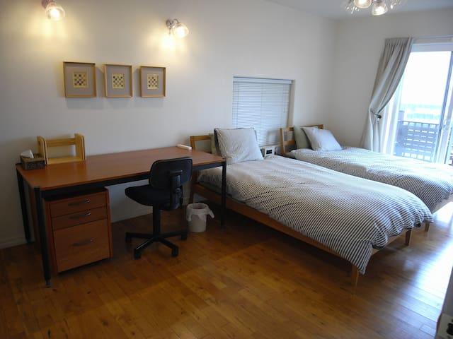 Room #1・1h to Shinjuku/15mins to Hashimoto St. - Machida-shi - House