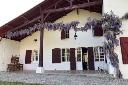 Maison typique des Landes