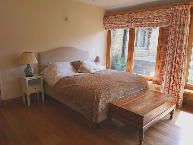 One bed Cottage close to Stamford and Peterborough