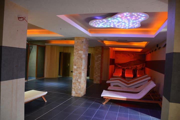 Hotel Milmari Triple Room  - Pool✔