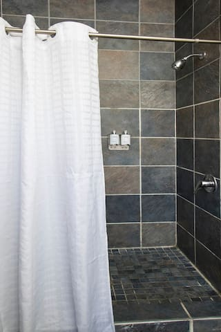 Found Hotel, Economy Room with Shared Bathroom