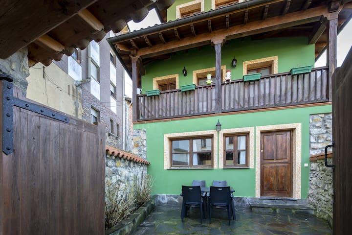 Simplistic Apartment in Colunga with Terrace