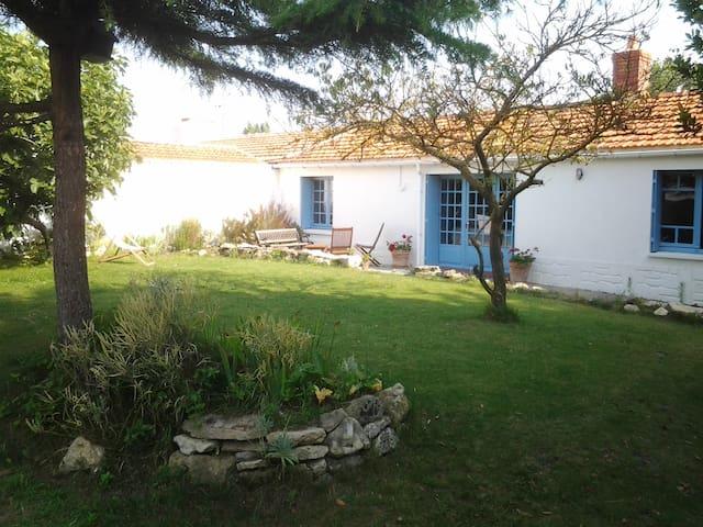 Maison de pêcheurs à Noirmoutier - L'Épine - House