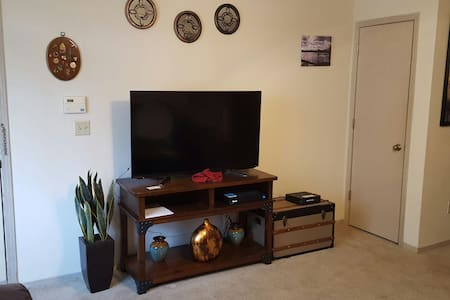 Easy access apartment - Oklahoma City - Huoneisto