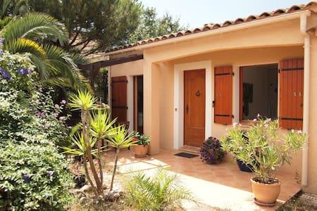 1 bedroom closed to Hyeres, Riviera - La Crau