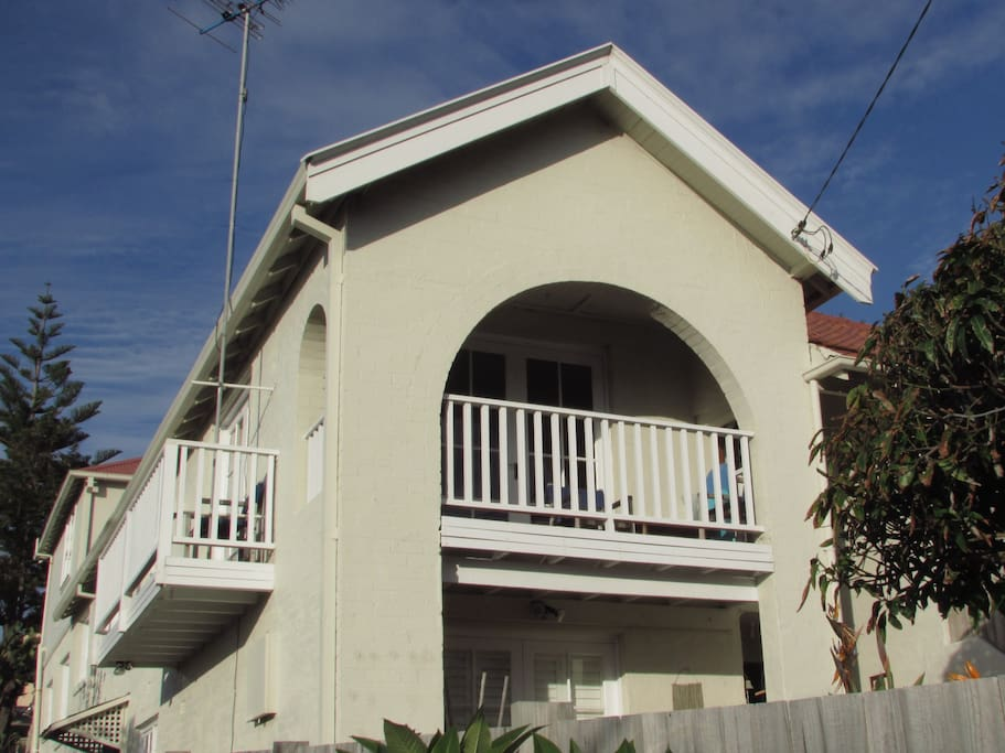 Bondi Beach 3 bedroom apartment with balcony's overlooking the Pacific Ocean and Bondi Beach!