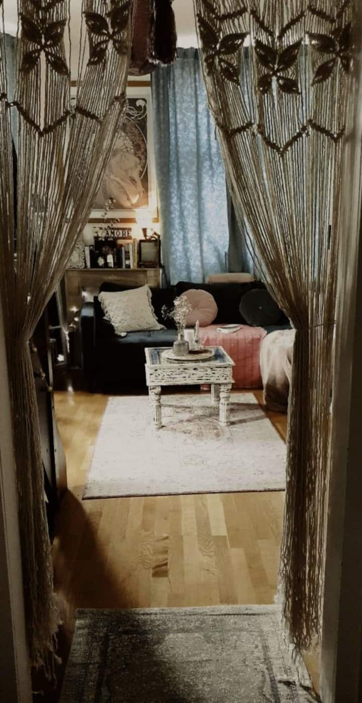 Cozy, little flat with a vintage touch - CENTRAL!