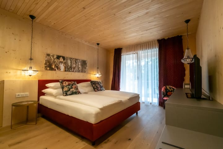 GästeHAUS & HOFladen Familie Öllerer (Sitzenberg), Zimmer Annette - das Schlafgemach der Madame Pompadour