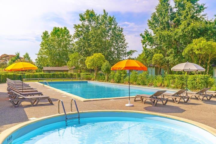 Cottage proche de la marina ! Avec piscine, spa, + terrasse privé