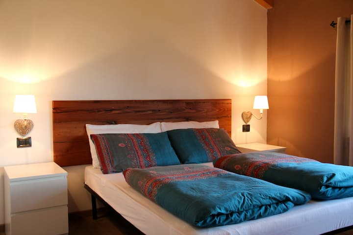 SUITE ROOM NEAR TIRANO BORMIO -  B&B MORTIROLO