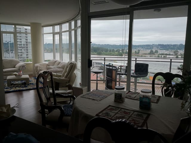 Fraser River view home near SkyTrain