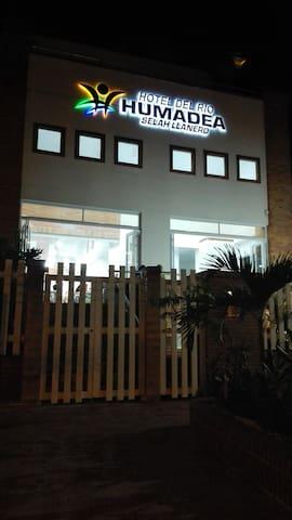 Estandar Doble Rio Humadea
