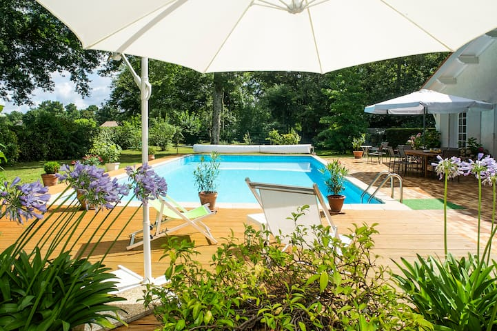 B&B on golf in Bordeaux vineyards  - Saint-Sulpice-et-Cameyrac - Bed & Breakfast