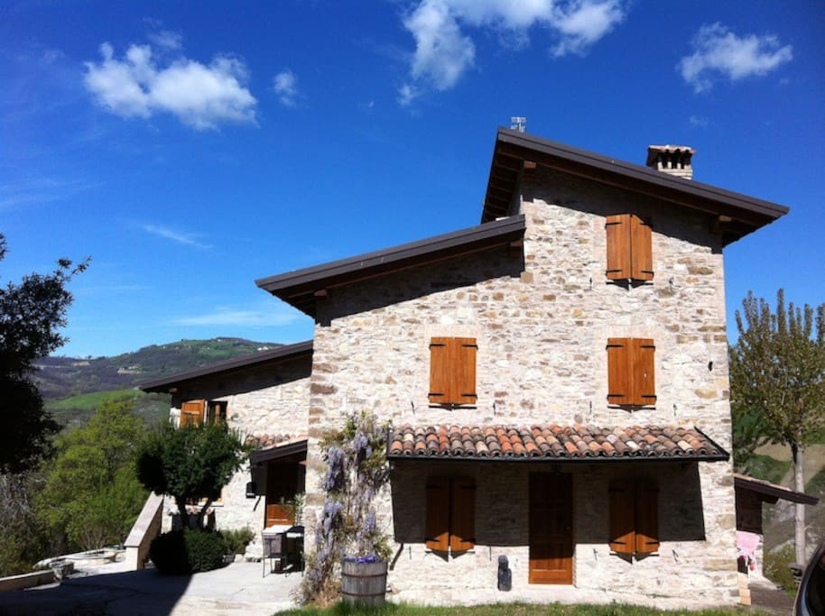 Luxurious house in the real italy houses for rent in for Rent a home in italy