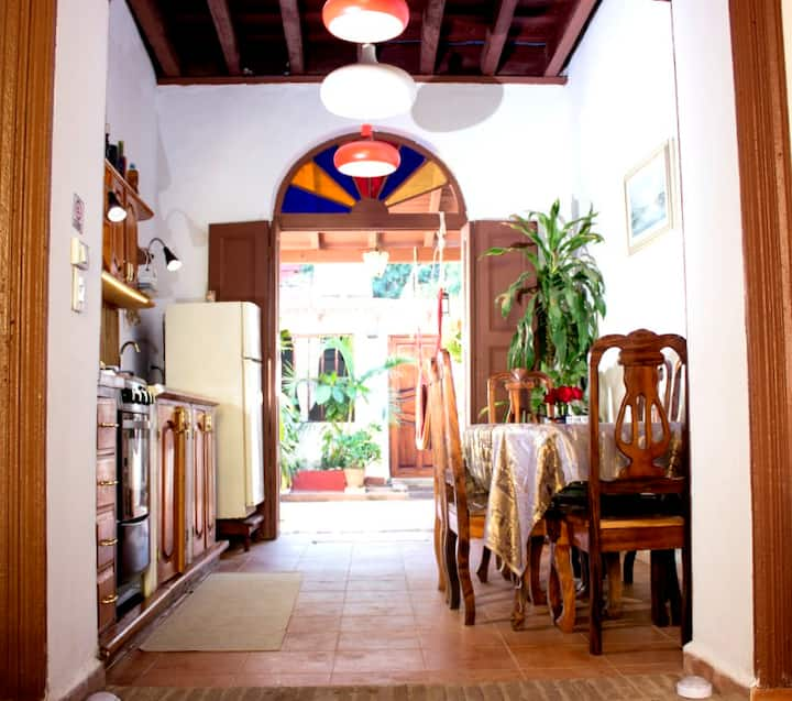LA CASITA DEL SOL-casa colonial centro historico