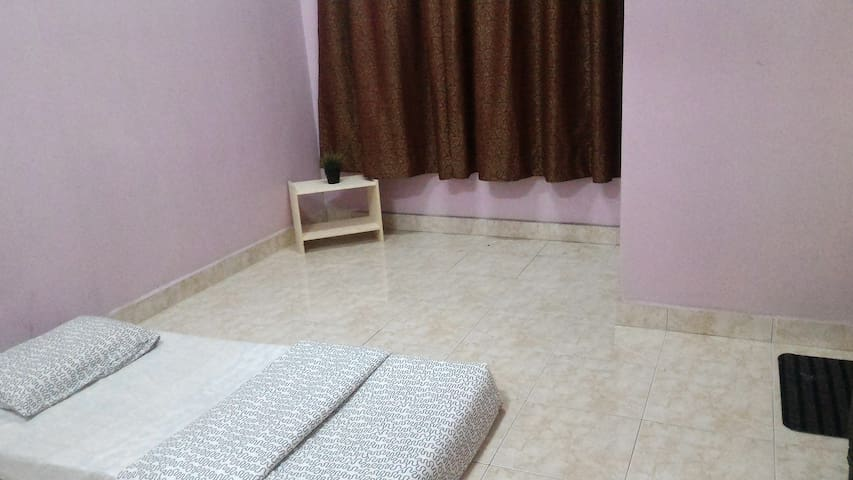 Cozy Room at Hulu Langat - Hulu Langat - Hus