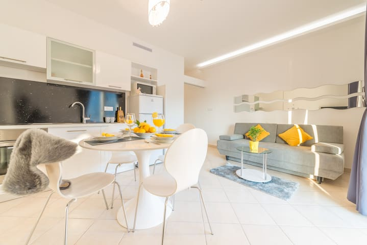 Du Lux 4 Apartment - Mokošica - Appartamento