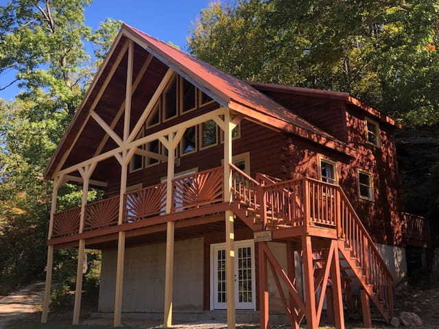Twin Arch Cabin RRG-hot tub! No cleaning/pet fees