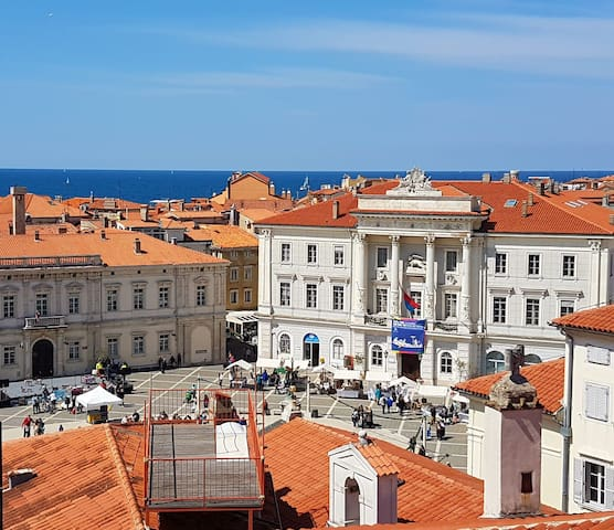 Terrace & Sea View - Your Own House in Piran
