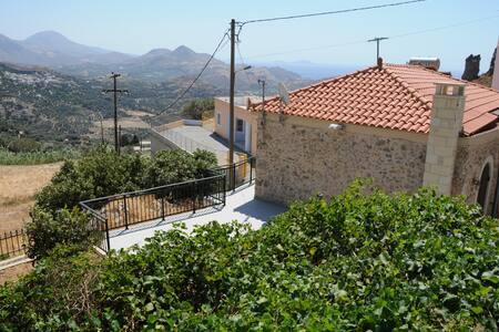 Gorgeous StoneHouse at Sellia - Rethimnon - Villa