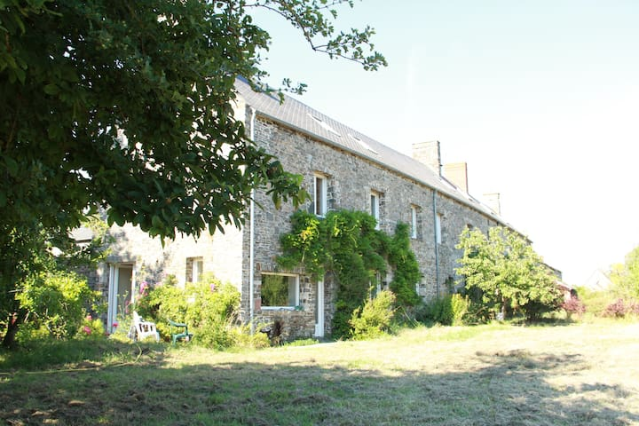 Large house, fantastic for get-togethers - Bretteville-sur-Ay - Hus