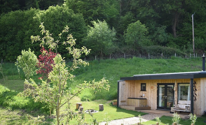 The Nest Luxury Cabin Japanese Soaktub & Logburner